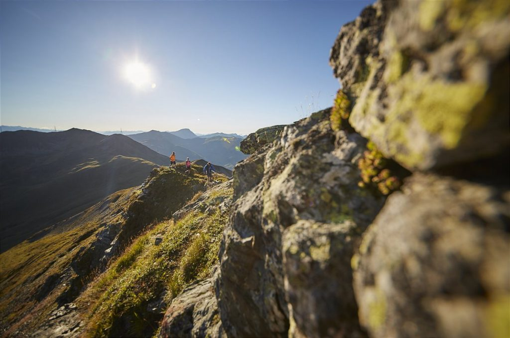 Wandern _ Hiking in Saalbach Hinterglemm 1200x796-1