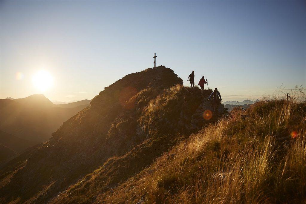 Wandern _ Hiking in Saalbach Hinterglemm 1200x800-4
