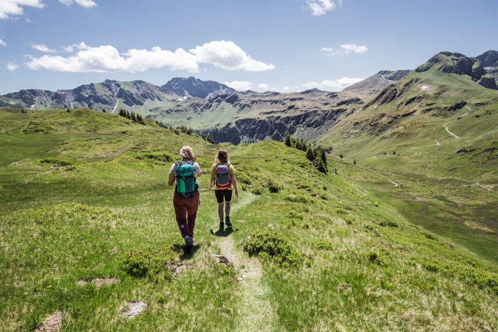 Wandern _ Hiking in Saalbach Hinterglemm 1200x800-5